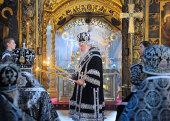 В среду первой седмицы Великого поста Святейший Патриарх Кирилл совершил Литургию Преждеосвященных Даров в Троице-Сергиевой лавре