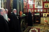 Члены Священного Синода совершили литию по новопреставленному епископу Тихону (Жилякову)