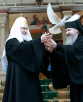 Молебен у раки с мощами святителя Тихона, Патриарха Всероссийского, в Донском монастыре