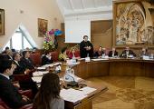 В Международный день цыган митрополит Кишиневский Владимир призвал христиан не быть равнодушными к дискриминации этнических меньшинств