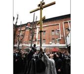 Установлен крест на купол Покровского храма в Бутырской тюрьме в Москве