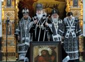 В Великую среду Святейший Патриарх Кирилл совершил Литургию Преждеосвященных Даров в Храме Христа Спасителя