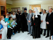 Святейший Патриарх Кирилл посетил Национальный институт рака в Киеве