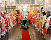 В праздник святых равноапостольных Кирилла и Мефодия Предстоятель Русской Церкви совершил Божественную литургию в Успенском соборе Московского Кремля