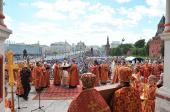 В День славянской письменности и культуры Святейший Патриарх Кирилл совершил праздничный молебен на Красной площади