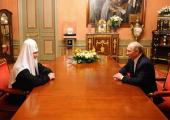 Председатель Правительства РФ В.В. Путин поздравил Святейшего Патриарха Кирилла с днем тезоименитства