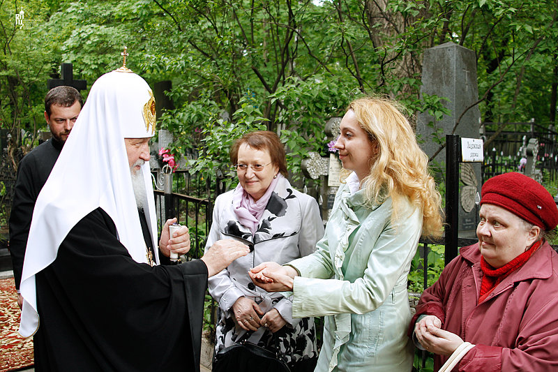 http://p2.patriarchia.ru/2011/05/29/1233182250/2_VSN0102.jpg