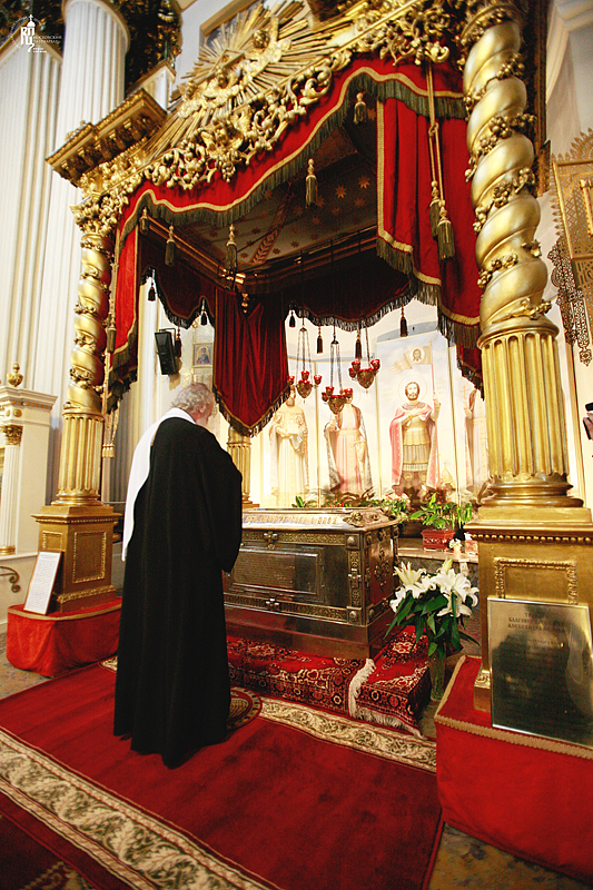 http://p2.patriarchia.ru/2011/05/29/1233182670/2_Z7V0005.jpg
