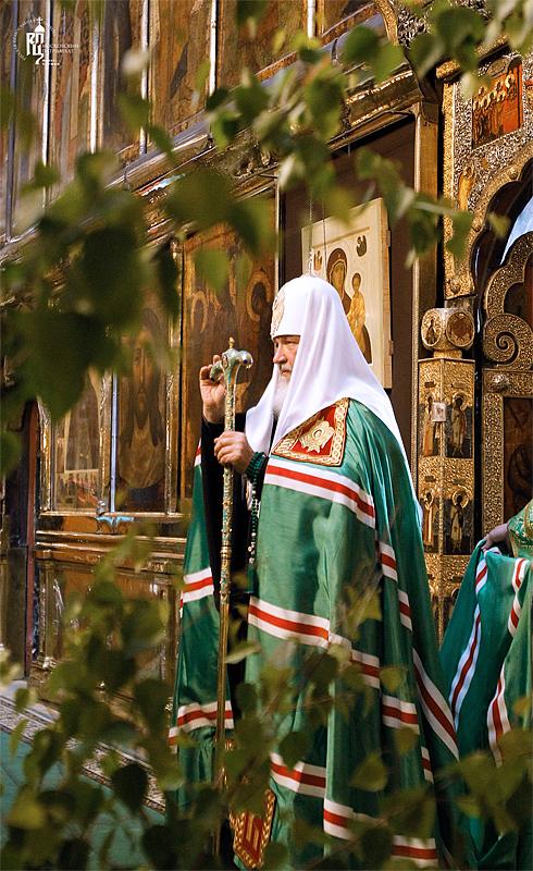 http://p2.patriarchia.ru/2011/06/11/1233222788/2_VSN0109.jpg