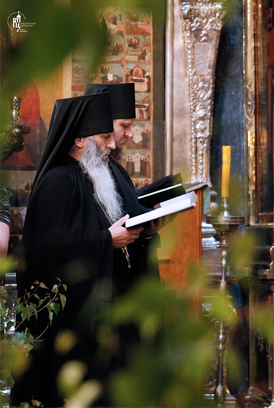 http://p2.patriarchia.ru/2011/06/11/1233222792/2_VSN0151.jpg
