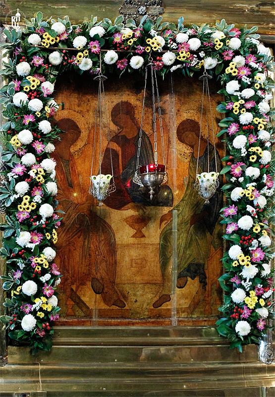 http://p2.patriarchia.ru/2011/06/11/1233222814/2_VSN0006.jpg