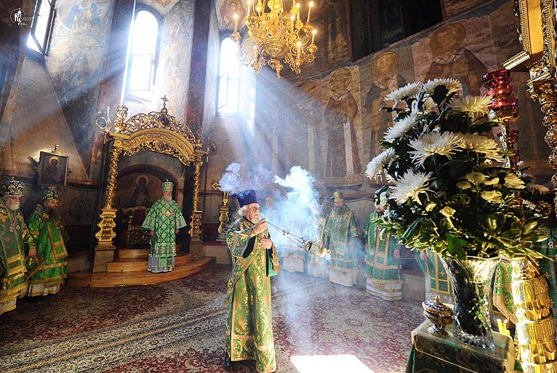 http://p2.patriarchia.ru/2011/06/12/1233223805/2NOV_9435.jpg