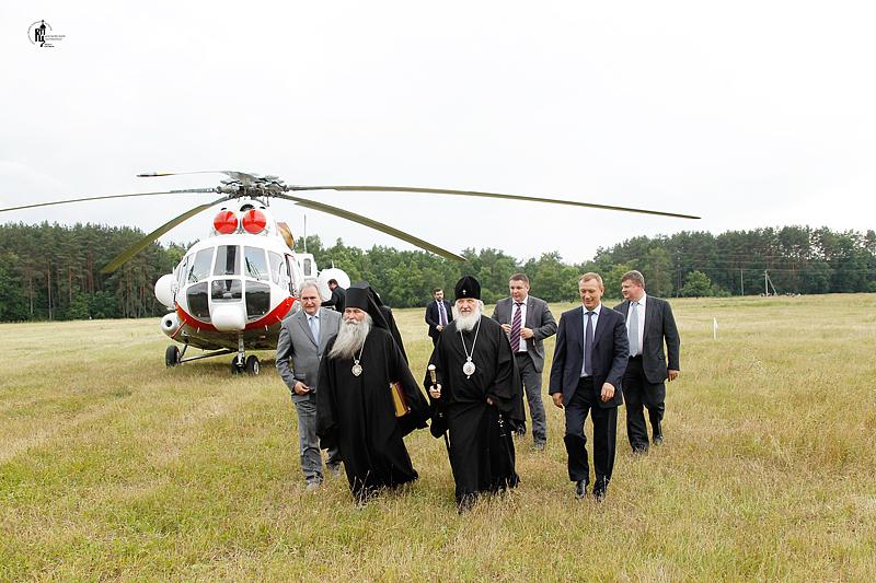 http://p2.patriarchia.ru/2011/06/25/1233232281/2_VSN0741.jpg