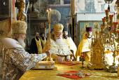 В день памяти святителя Ионы, митрополита Московского, Святейший Патриарх Кирилл совершил Божественную литургию в Успенском соборе Московского Кремля