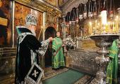 В канун дня памяти преподобного Сергия Радонежского Святейший Патриарх Кирилл возглавил всенощное бдение в Троицком соборе Троице-Сергиевой лавры