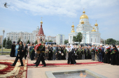 Предстоятель Русской Церкви возложил цветы к Мемориалу Славы в столице Мордовии