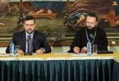 В Храме Христа Спасителя прошло очередное заседание комиссии Межсоборного присутствия по вопросам информационной деятельности Церкви и отношений со СМИ