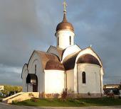 Митрополит Ювеналий совершил освящение Казанского храма в подмосковном поселке Радужный