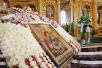 Первосвятительский визит в Черновицкую епархию. Чин освящения Свято-Троицкого собора Вознесенского Банченского монастыря. Божественная литургия