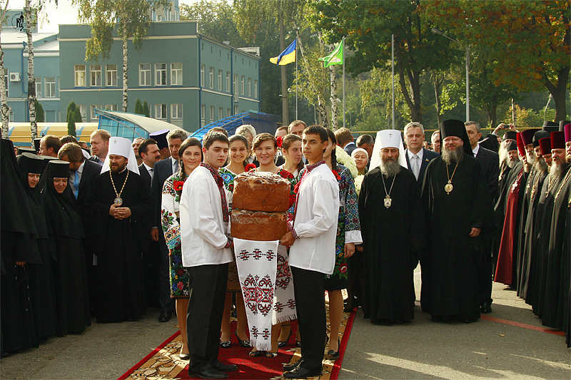 Первосвятительский визит в Черновицкую епархию. Прибытие в Черновцы