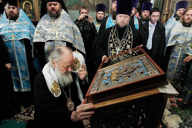 http://p2.patriarchia.ru/2011/10/03/1234106700/2_S9F3479.jpg