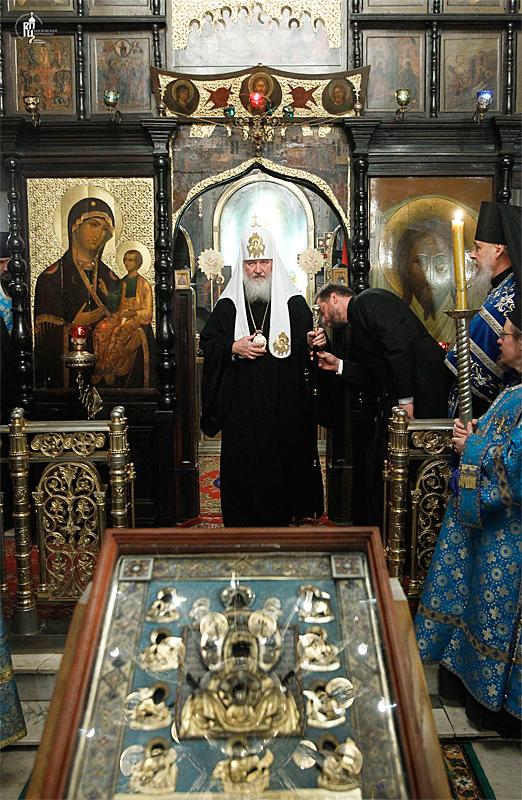 http://p2.patriarchia.ru/2011/10/03/1234106736/2_S9F3541.jpg