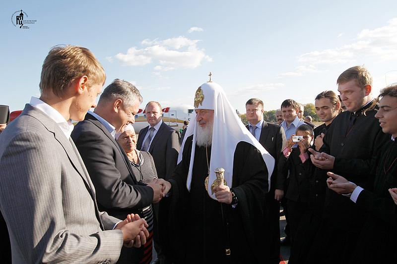 Первосвятительский визит в Черновицкую епархию. Проводы в аэропорту г. Черновцы