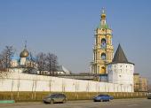 В целях реализации решений Синода об организации церковной работы с молодежью в Москве состоялась встреча с лидерами молодежных движений