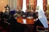Святейший Патриарх Кирилл встретился с руководством Российской федерации хоккея с мячом