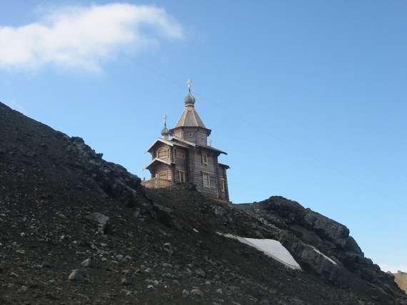 Храм Пресвятой Троицы. Подворье Троице-Сергиевой лавры