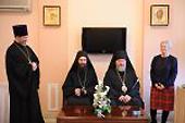 На Сербском подворье в Москве состоялась передача средств, собранных российскими сербами на восстановление Хиландарского афонского монастыря