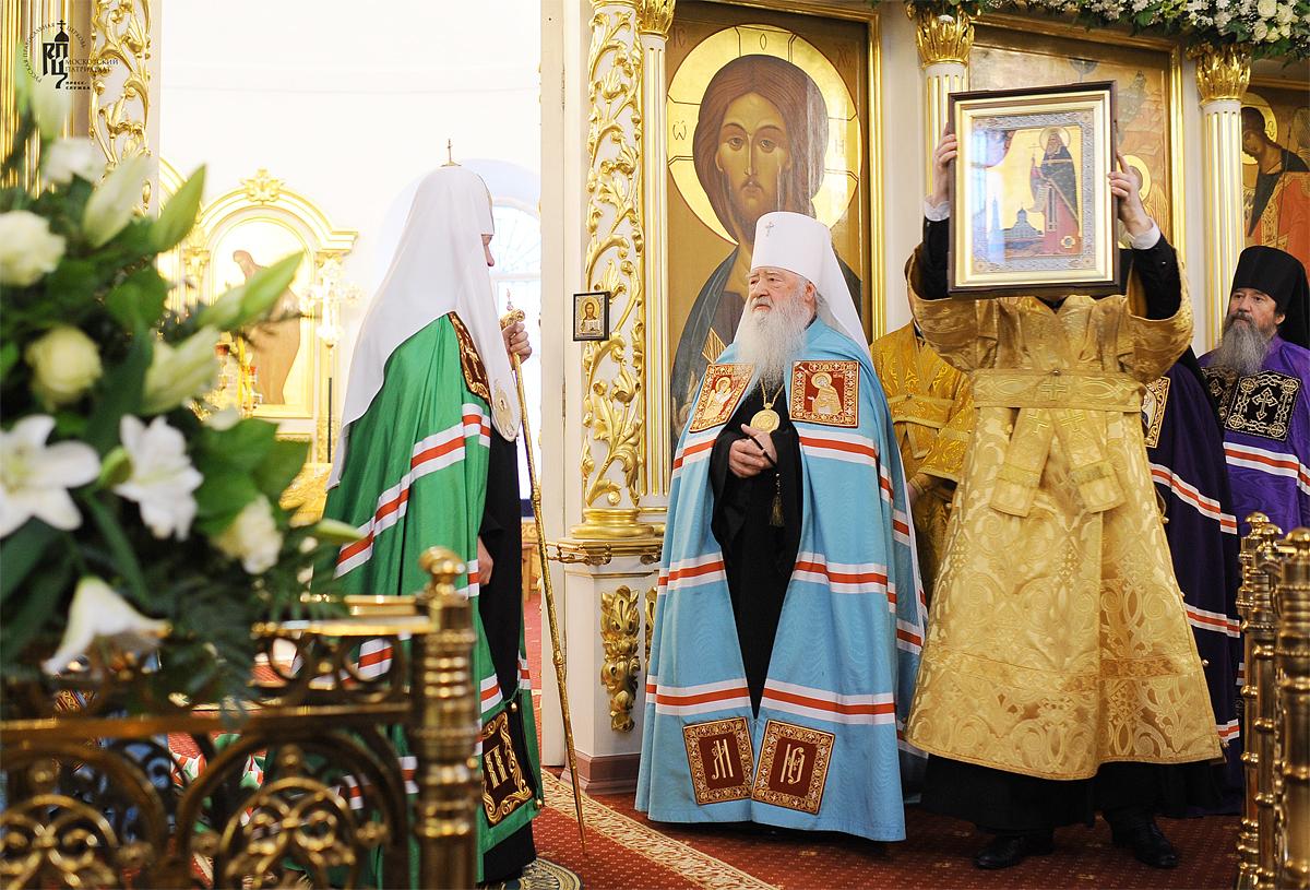 Патриаршее служение в Богоявленском соборе г. Ногинска. Хиротония архимандрита Максимилиана (Клюева) во епископа Братского