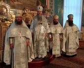 Иеромонах Феодосий (Чащин), избранный епископом Каинским, игумен Филипп (Новиков), избранный епископом Карасукским, и игумен Лука (Волчков), избранный епископом Искитимским, возведены в сан архимандрита