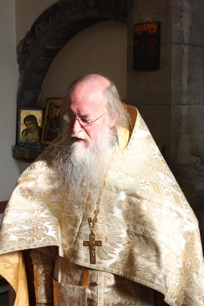 Настоятель прихода священник Андрей Лаут