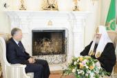 Предстоятель Русской Церкви встретился с губернатором Сахалинской области