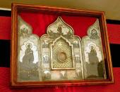 8 апреля ковчег с частицей Ризы Господней и Гвоздем от Креста Господня будет вынесен из алтаря Храма Христа Спасителя для молитвенного поклонения