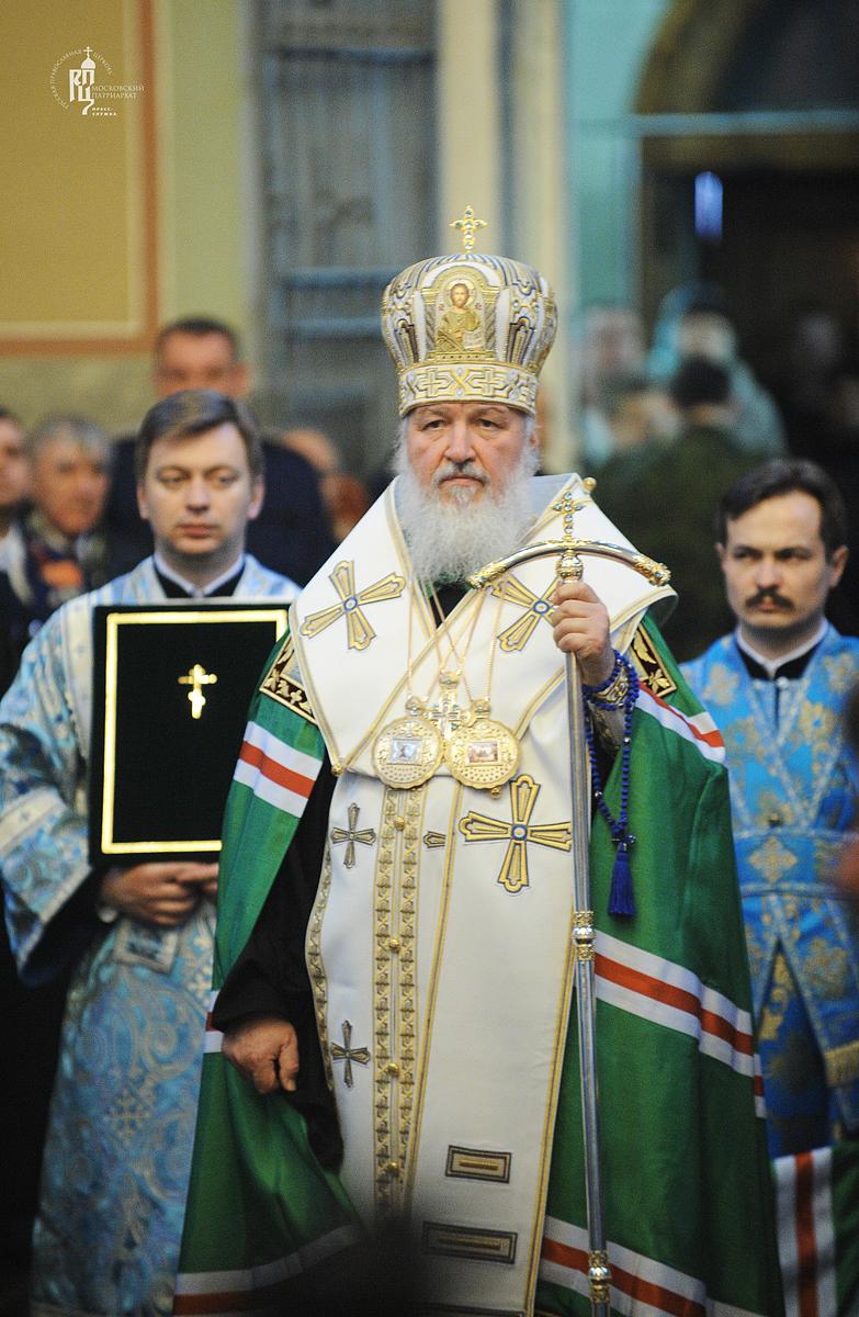 Молебен у мощей святителя Тихона, Патриарха Всероссийского, в Донском монастыре