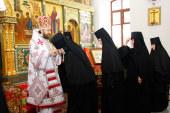 Митрополит Иларион: Мы должны сугубо молиться о нашем Предстоятеле и о нашей Святой Церкви