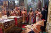 Блаженнейший митрополит Киевский Владимир совершил Божественную литургию в Свято-Вознесенском Флоровском монастыре Киева