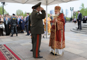 Предстоятель Русской Православной Церкви принял участие в духовно-патриотической акции «Георгиевский парад — дети победителей»