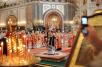 Патриаршее служение в неделю 6-ю по Пасхе в Храме Христа Спасителя. Празднование пятилетия воссоединения Русской Православной Церкви в Отечестве и за рубежом