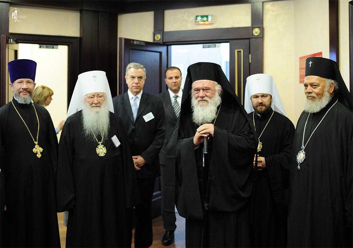 Прибытие Предстоятеля Элладской Православной Церкви в Москву. Встреча со Святейшим Патриархом Московским и всея Руси Кириллом