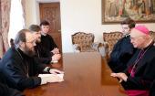 Управляющий делами Украинской Православной Церкви встретился с президентом Папского Совета социальной коммуникации