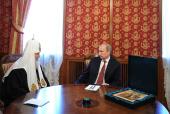 Президент России В.В. Путин поздравил Святейшего Патриарха Кирилла с днем тезоименитства