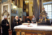 Блаженнейший Архиепископ Афинский и всей Эллады Иероним поклонился святыням Санкт-Петербурга