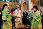Патриарх Иерусалимский Феофил совершил Литургию в Троицком соборе Русской духовной миссии