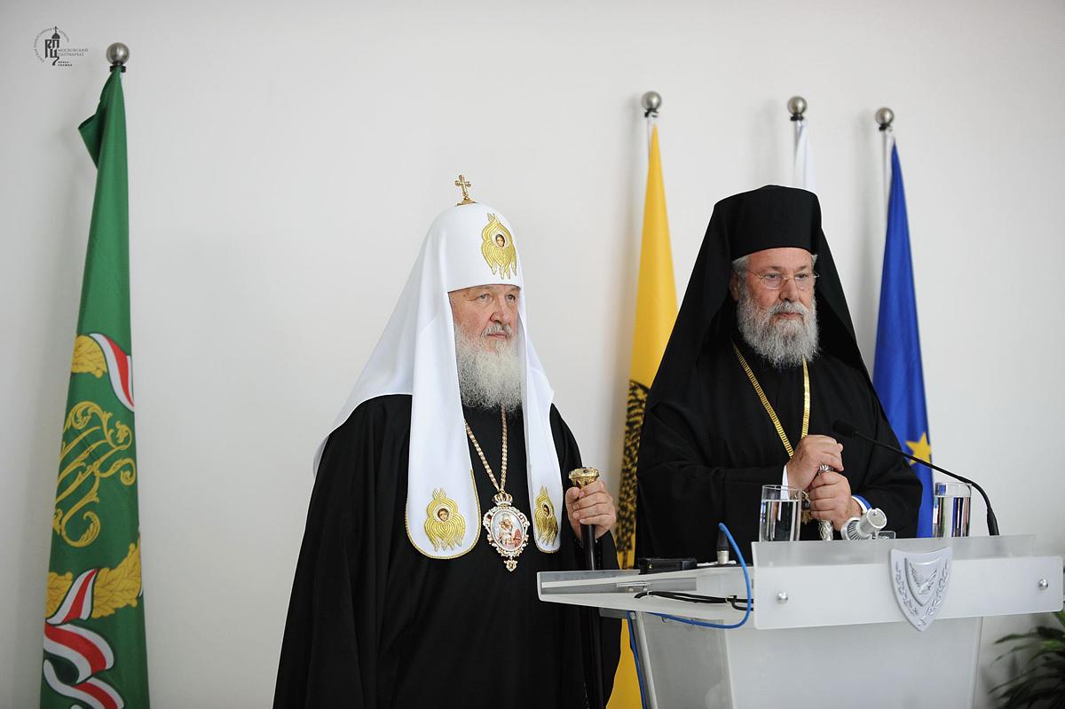 Первосвятительский визит в Кипрскую Православную Церковь. Прибытие в Ларнаку