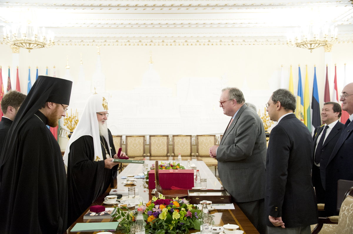 Встреча Святейшего Патриарха с главой Мальтийского ордена Фра Мэтью Фестингом