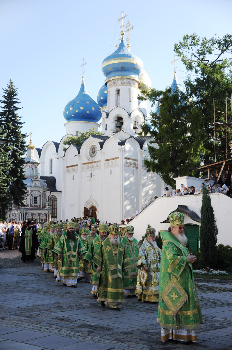 Патриаршее служение в Троице-Сергиевой лавре в день памяти преподобного Сергия Радонежского