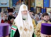Святейший Патриарх Кирилл совершил богослужения в храме Архангела Михаила в Крымске